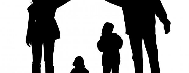 Tại sao nhiều bậc cha mẹ lại thiếu bảo hiểm cần thiết?