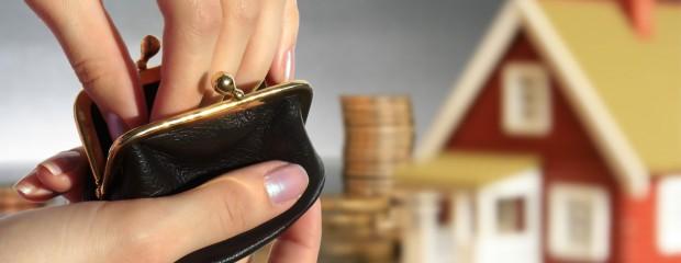 Có nên mua nhà bằng 100% tiền tự gom góp?