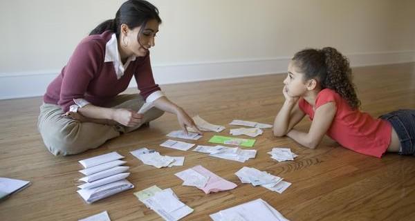 5 quy tắc khi dạy con về tiền bạc