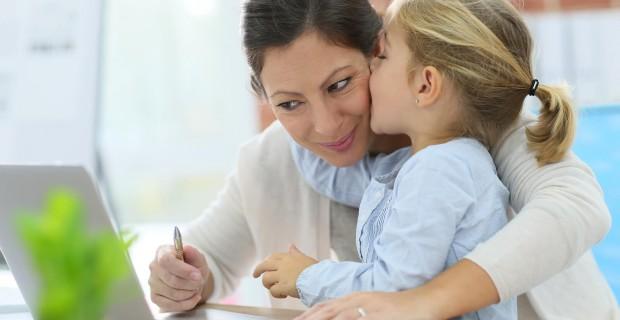 LÀM VIỆC TẠI NHÀ – Thêm nguồn thu nhập khi ở nhà chăm sóc con nhỏ
